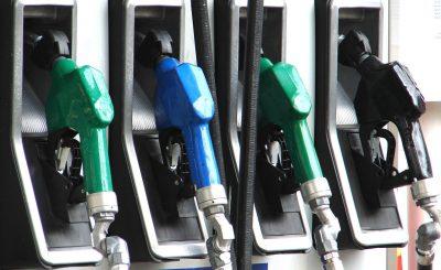 Benzin ára