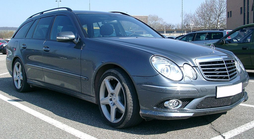 Mercedes E-Class W211